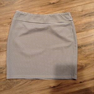Tribal Polka Dot Black and White Mini Skirt Size 8